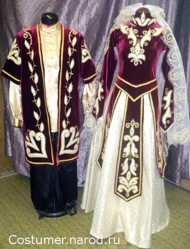 Шапки каракуль национальных костюмов.